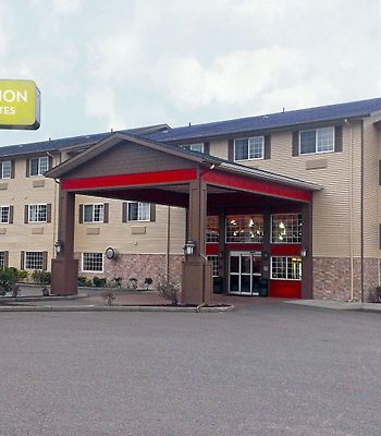 Red Lion Inn And Suites Kent photos Exterior
