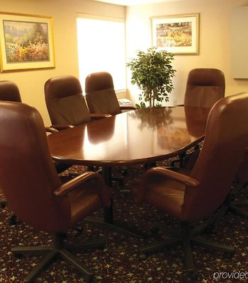 La Quinta Inn & Suites Detroit Utica photos Exterior