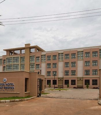 Protea Hotel Benin City Select Emotan photos Exterior Image 1