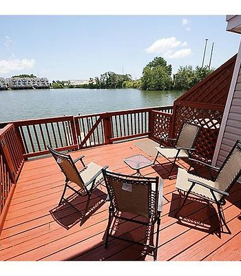 Large Lake Home Awesome Location For Relaxing And Sites Great Views photos Exterior