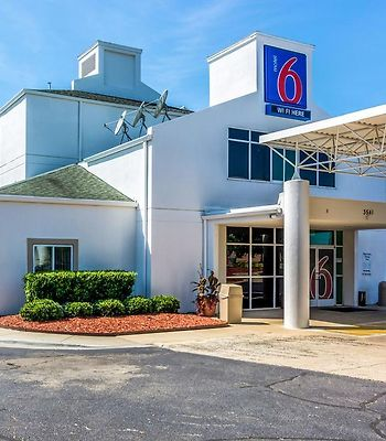 Motel 6 Charlotte Carowinds photos Exterior Hotel information