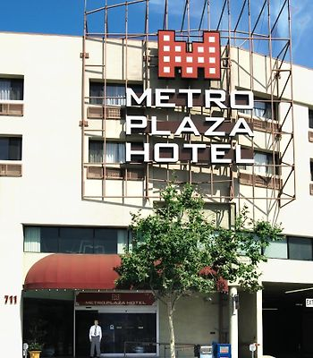Metro Plaza Hotel photos Exterior