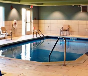 Holiday Inn Express And Suites Rantoul photos Exterior Indoor pool