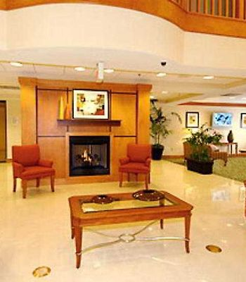 Fairfield Inn & Suites Atlanta Airport South/Sullivan Road photos Interior Lobby