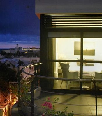 Beautiful & Located  2 Bedroom Aparthotel By Kvr photos Exterior