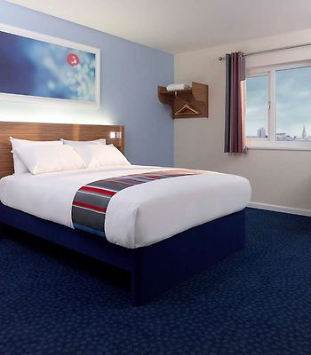 Travelodge Stoke-On-Trent Trentham photos Room Guest room