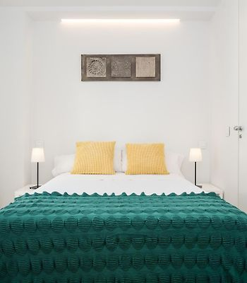 Plaza Espana IV **Cute & Stylish Apartment** photos Exterior Hotel information