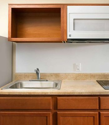 Value Place Springfield, Mo photos Room Generic WoodSpring Suites Kitchen x