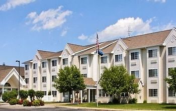 Microtel Inn & Suites By Wyndham Green Bay photos Exterior main