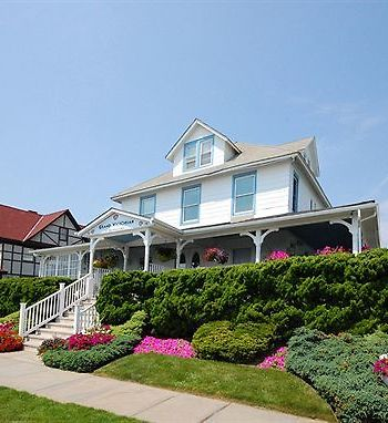 Grand Victorian Spring Lake Location Legend Cur Hotel Hotels Nearby