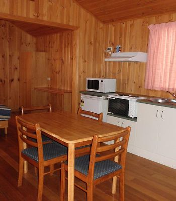 Discovery Holiday Parks Strahan photos Room