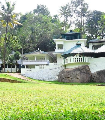 1 Bedroom Cottage In Thekkinkanam, Munnar, By Guesthouser photos Exterior Premium cottage for three , by GuestHouser