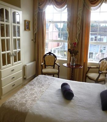The Blarney Stone Guesthouse photos Room