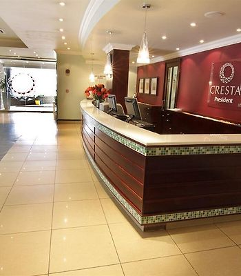 Cresta President photos Interior