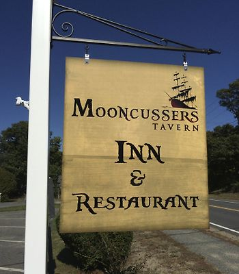 Mooncussers Tavern Inn And Restaurant photos Exterior