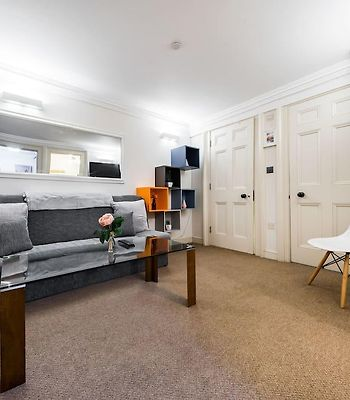 Trendy 2 Bed Moments From Liverpool St - Sleeps 6 photos Exterior Trendy 2 Bed moments from Liverpool St - sleeps 6