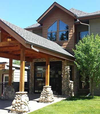 Elkwater Lake Lodge And Resort photos Exterior Hotel information