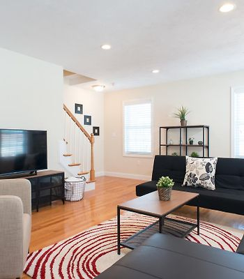 Fabulous 3Br/2.5B With 3 Parking Spots! photos Exterior Hotel information
