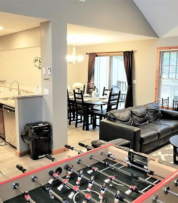 Poconos Townhome Ideal For Families And Relaxation photos Exterior Hotel information