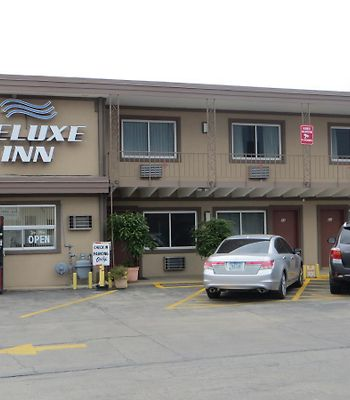 Deluxe Inn photos Exterior Deluxe Inn/Extended Stay - Council Bluffs