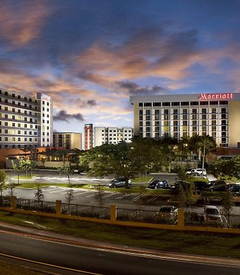 Courtyard By Marriott Miami Airport photos Exterior Hotel information