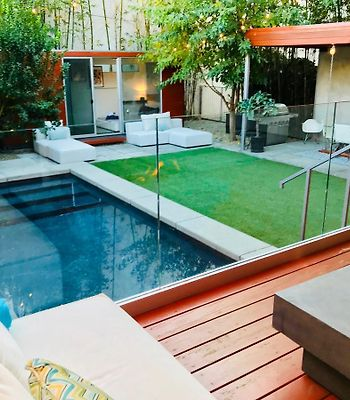 Modern West Hollywood Home With Heated Pool photos Exterior Modern West Hollywood Home With Heated Pool
