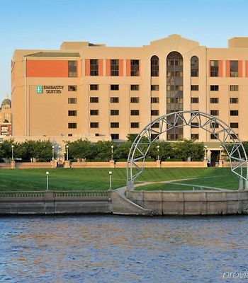 Embassy Suites Des Moines - On The River photos Exterior