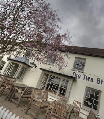 Two Brewers Hotel By Good Night Inns photos Exterior