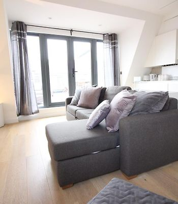Amazing 3 Bed Holiday Home In The City Of London photos Exterior Amazing 3 Bed Holiday Home In The City Of London