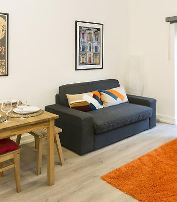 Stylish One Bed Apartment With Private Garden photos Exterior Stylish One Bed Apartment with Private Garden