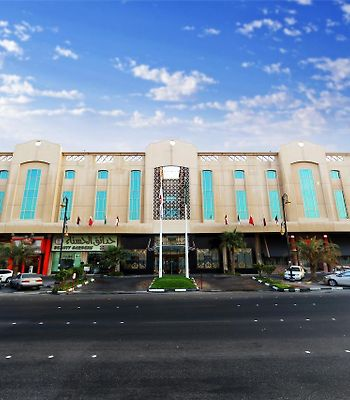 Ramada Dammam Hotel And Suites photos Exterior Ramadh Hotel & Suites
