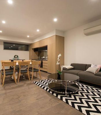 Doncaster Private Collection 2 Bed Townhouse@Pearl photos Exterior