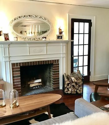 Beautiful Colonial Home Greenwich, Ct 4 Bed 2 Bath photos Room