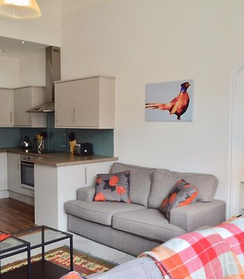Spacious 3 Bed West End Flat Sleeps 5 photos Exterior Spacious 3 Bed West End Flat Sleeps 5