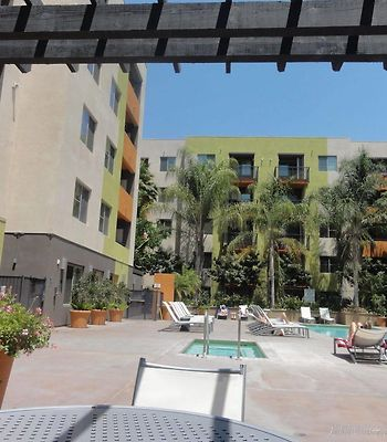 Heaven On Hollywood Furnished Apartments photos Exterior