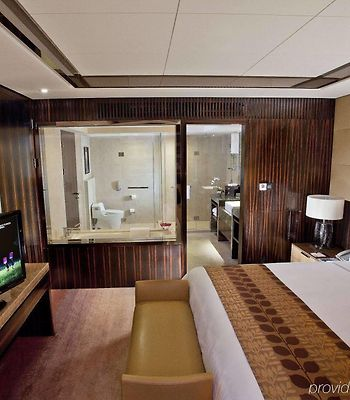 Courtyard By Marriott Pudong photos Room