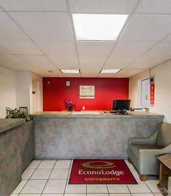 Econo Lodge University photos Exterior