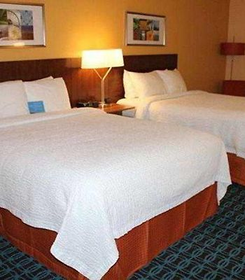 Fairfield Inn Orangeburg photos Room