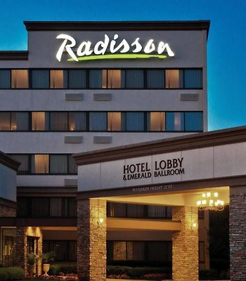 Radisson Hotel Freehold photos Exterior