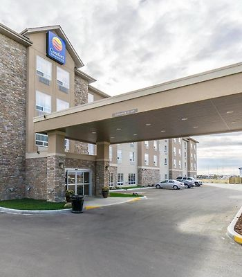 Comfort Inn & Suites Edmonton International Airport photos Exterior