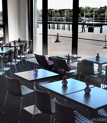 Doubletree By Hilton Amsterdam Centraal Station photos Exterior