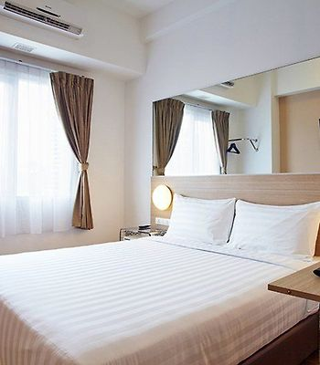 Red Planet Palembang photos Exterior Guest Room
