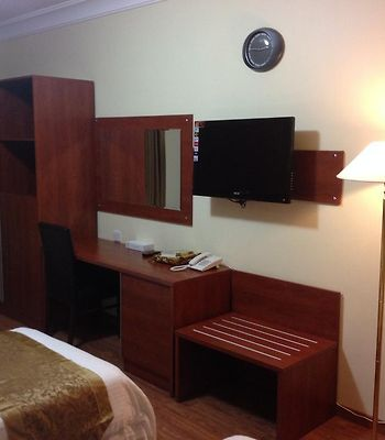 Luxurious Al Rawdah Suites photos Room