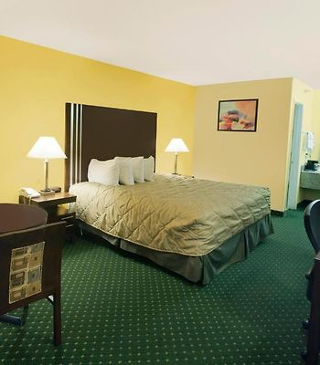 Ramada San Antonio/Near Seaworld photos Room