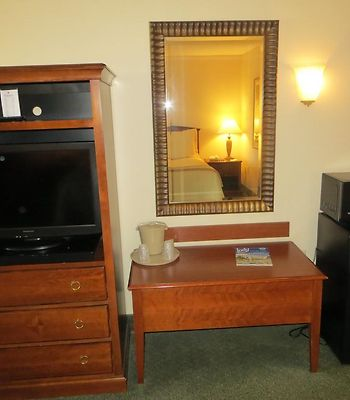 Ramada Indianapolis Airport photos Room