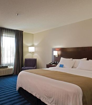 Fairfield Inn & Suites By Marriott Lancaster photos Room