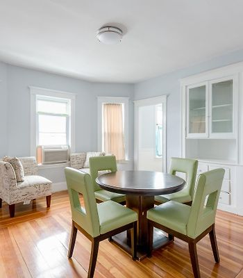 Renovated 2 Bed W/ Free Parking Near Tufts University photos Exterior