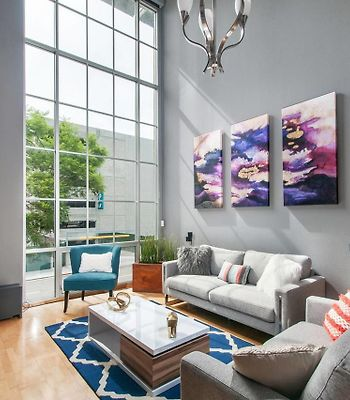 Two-Bedroom, Two-And-A-Half Bath Apt In Little Italy photos Exterior