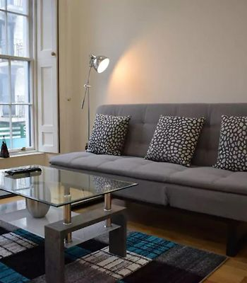 1 Bedroom Apartment In The Heart Of The City Sleeps 4 photos Exterior