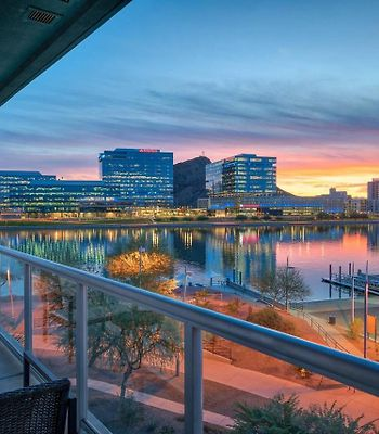 Luxury One-Bedroom With Pool On Tempe Town Lake photos Exterior Luxury One-Bedroom with Pool on Tempe Town Lake